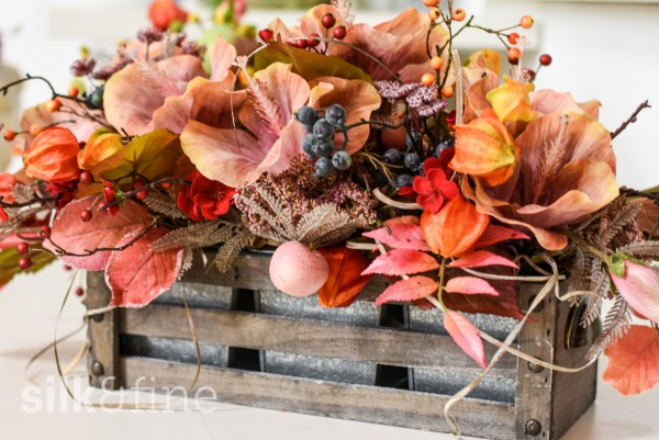 Blumenarrangement peach, orange | silk&fine