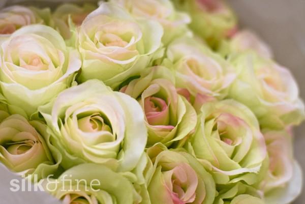 Rosenstrauss aus Seide, grün-rosa | Silk&Fine